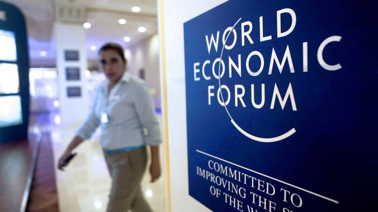 An image that illustrates this article World Economic Forum's Davos meeting returns as in-person event in 2022