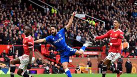 Andros Townsend goal earns Everton deserved point at Manchester United
