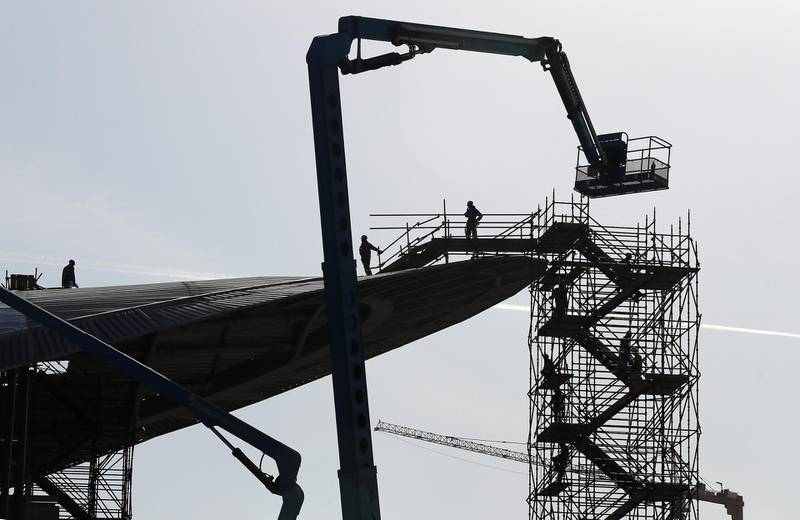 DUBAI , UNITED ARAB EMIRATES , November 15 ��� 2018 :- Workers working at the under construction Dubai metro station EXPO 2020 route going from Discovery Gardens and Al Furjan area in Dubai. ( Pawan Singh / The National )  For Standalone / Big Picture / Instagram