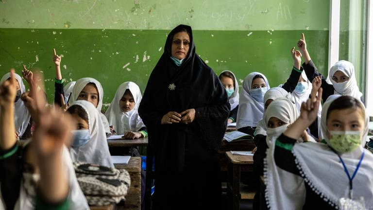 An image that illustrates this article Taliban effectively bar education for girls in secondary school