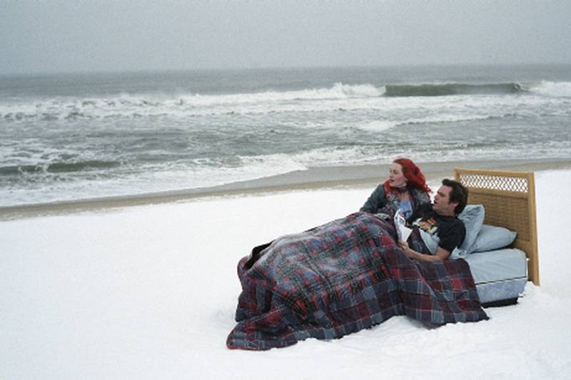 """This promotional photo provided by Focus Features shows Kate Winslet, left, and Jim Carrey in a scene from """"Eternal Sunshine of the Spotless Mind."""" The movie received a Golden Globe nomination Monday, Dec. 13, 2004, for best movie musical or comedy. Winners will be announced Jan. 16, 2004. (AP Photo/Focus Features, David Lee)"""