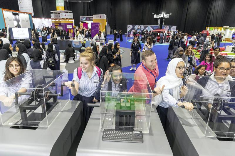 DUBAI, UNITED ARAB EMIRATES. 17 APRIL 2018. STANDALONE from the Think Science fair. Students power hand generators to produce electricity. (Photo: Antonie Robertson/The National) Journalist: None. Section: National.