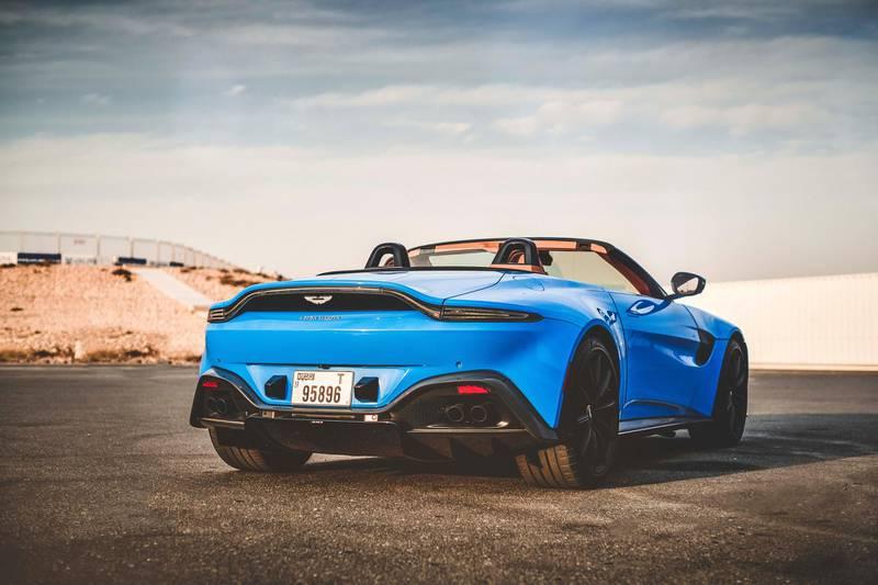 Aston Martin Roadster 2021