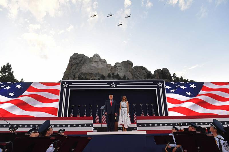 US President Donald Trump and First Lady Melania Trump arrive for the Independence Day events at Mount Rushmore National Memorial in Keystone, South Dakota, July 3, 2020. / AFP / SAUL LOEB