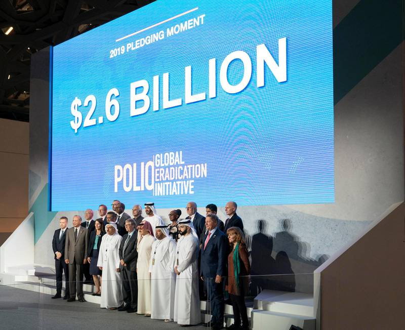 SAADIYAT ISLAND, ABU DHABI, UNITED ARAB EMIRATES - November 19, 2019: HH Sheikh Mohamed bin Zayed Al Nahyan, Crown Prince of Abu Dhabi and Deputy Supreme Commander of the UAE Armed Forces (2nd row C) stands for a photograph, during the Reaching the Last Mile Forum, at the Louvre Abu Dhabi. Seen with Bill Gates, Co-chair and Trustee of Bill & Melinda Gates Foundation (front row 6th R) and HRH Prince Alwaleed bin Talal bin Abdulaziz Al Saud, Chairman of the Kingdom Holding Company (front row 5th R).  ( Hamad Al Mansoori / for the Ministry of Presidential Affairs ) ---