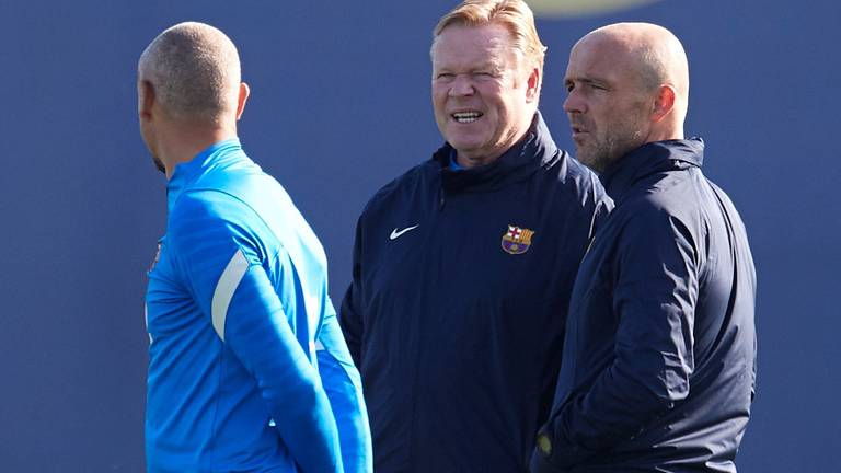 An image that illustrates this article Koeman puts on brave face during Barcelona training - in pictures