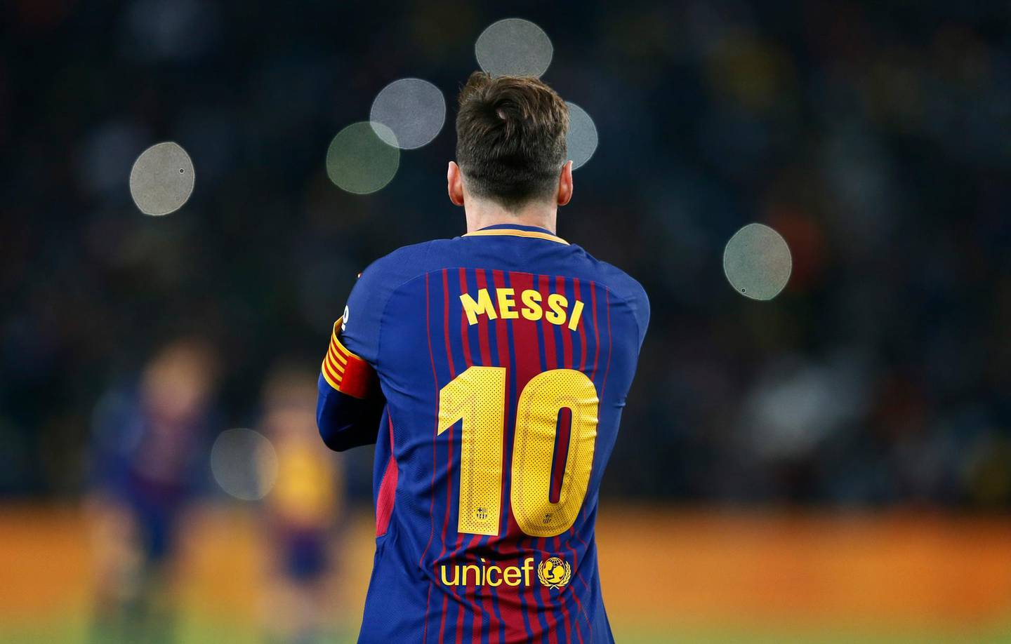 Barcelona forward Lionel Messi watches the pitch during their friendly match Mamelodi Sundowns vs Barcelona FC for the Mandela Centenary Trophy on May 16, 2018 at FNB Soccer Stadium in Johannesburg. / AFP / PHILL MAGAKOE