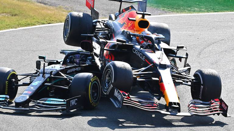 An image that illustrates this article FIA needs to take a tougher stance to keep Hamilton-Verstappen rivalry in check