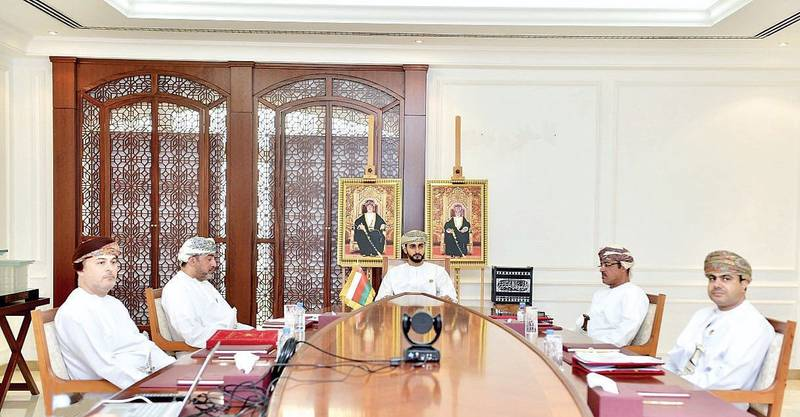Muscat, Nov 15 (ONA) – HH Sayyid Theyazin bin Haitham al-Said, Minister of Culture, Sports and Youth, today took part via video-conferencing in the 24th session of GCC Ministers of Culture's Council. Oman News Agency
