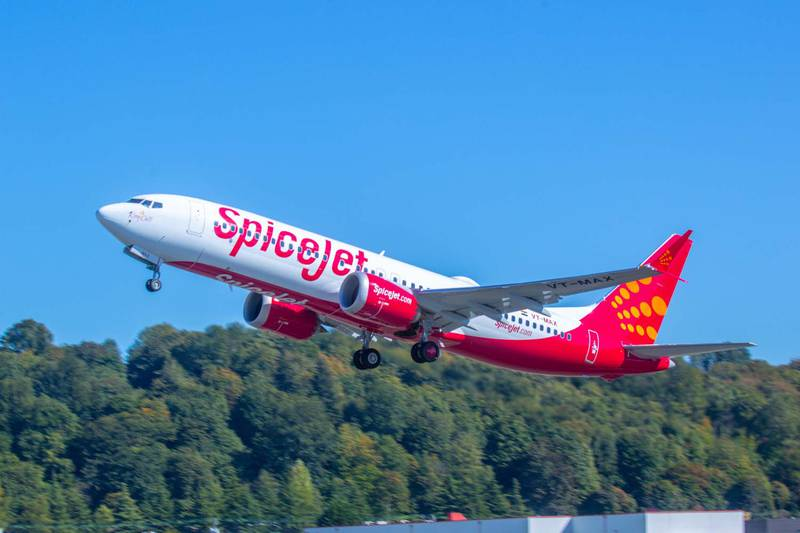 SpiceJet's first 737 MAX 8 takes-off from Boeing Field in Seattle, Washington (Craig Larson photo).