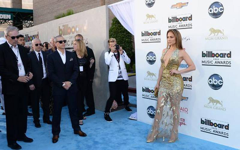 LAS VEGAS, NV - MAY 19: Actress Jennifer Lopez arrives at the 2013 Billboard Music Awards at the MGM Grand Garden Arena on May 19, 2013 in Las Vegas, Nevada.   Jason Merritt/Getty Images/AFP== FOR NEWSPAPERS, INTERNET, TELCOS & TELEVISION USE ONLY ==