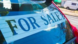 How to secure the best price when selling your car in the UAE