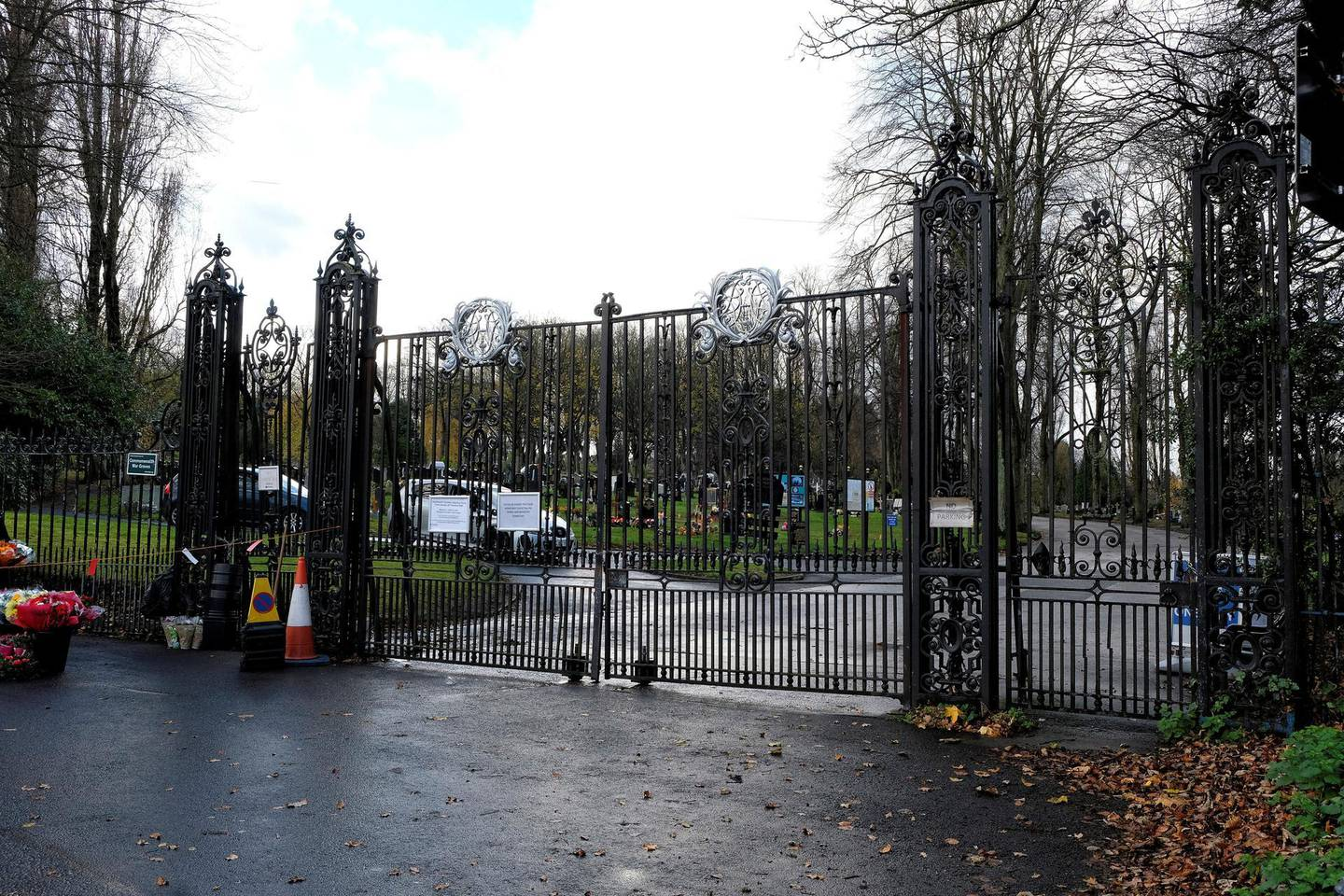 Locked gates at Handsworth Cemetery in Birmingham, UK. Photos by JOHN ROBERTSON/The National, 19th November, 2020.MORE PICS TO FOLLOW AFTER 2PM GATES OPENING!