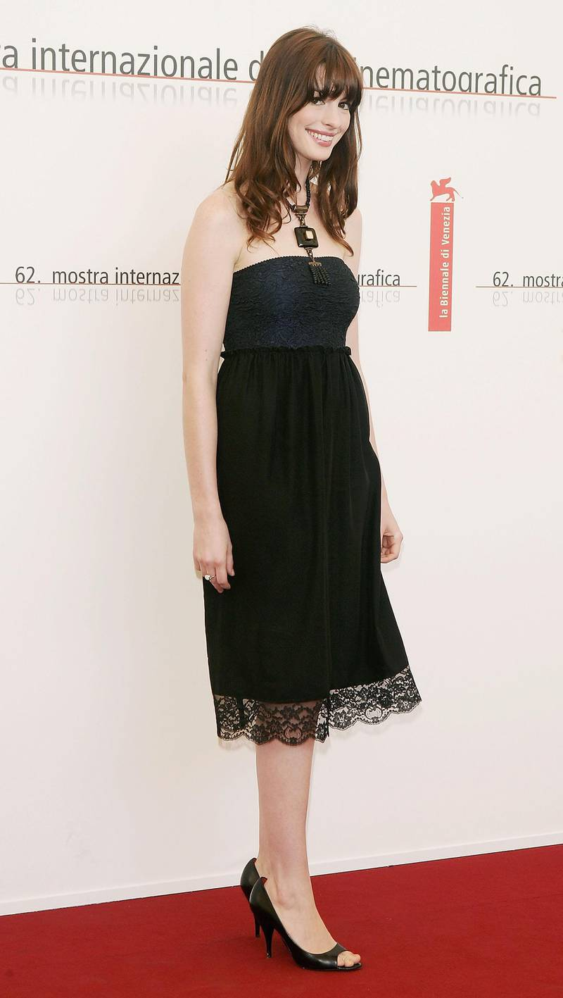 """VENICE, ITALY - SEPTEMBER 2:  Actress Anne Hathaway poses at the photocall for the competition film """"Brokeback Mountain"""" at the Palazzo del Cinema as part of the 62nd Venice Film Festival on September 2, 2005 in Venice, Italy.  (Photo by Pascal Le Segretain/Getty Images)"""