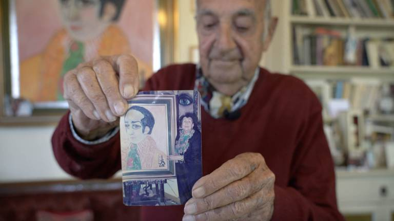 An image that illustrates this article The Jordanian 'duke' who opens doors to homes and history