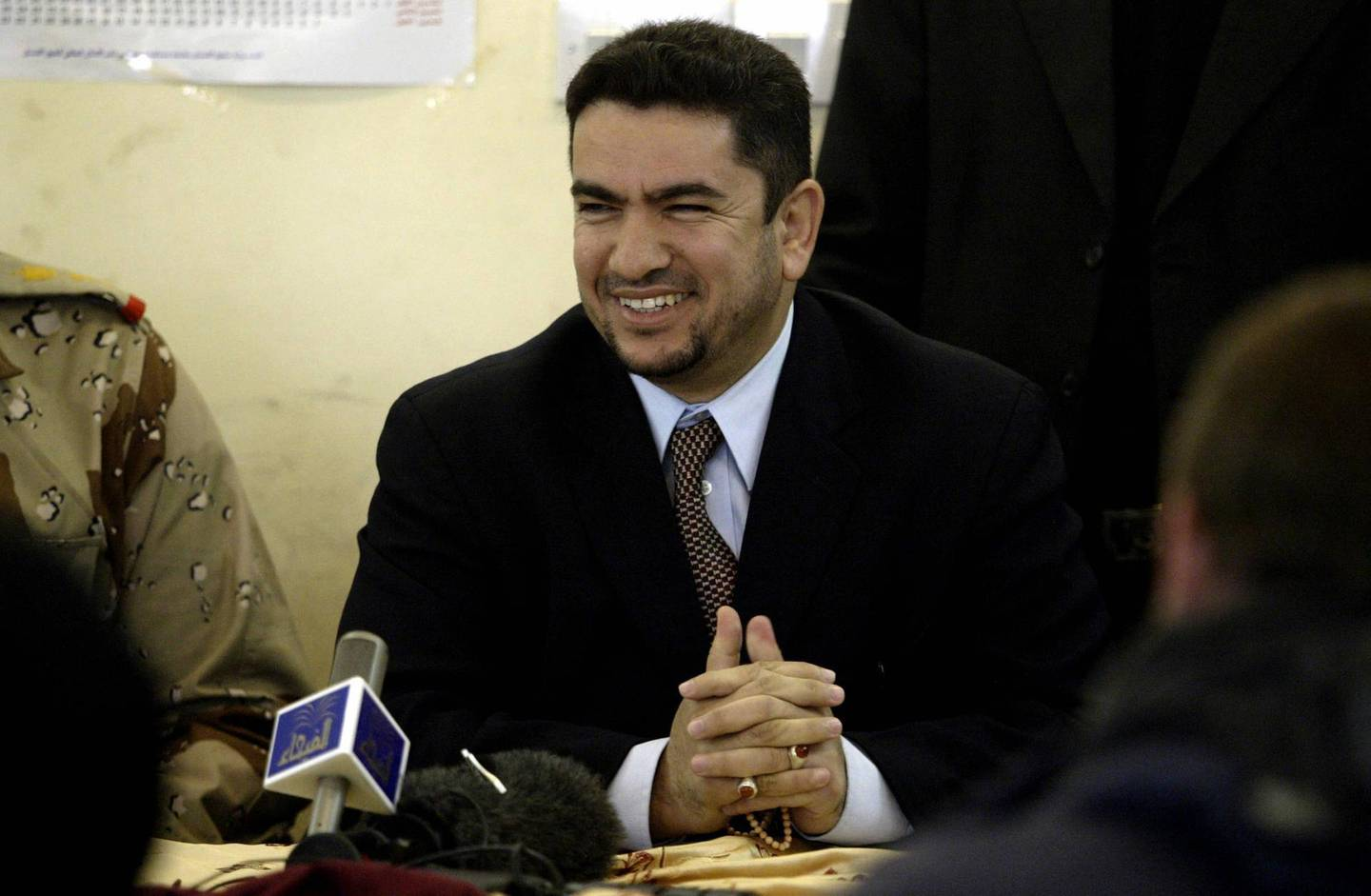 (FILES) In this file photo taken on January 25, 2005 Adnan al-Zurfi, former governor of Najaf, speaks to press at the Human Right Center in Baghdad.  Iraq president names ex-Najaf governor Adnan Zurfi as premier, according to state TV.  / AFP / AFP POOL / MARWAN NAAMANI