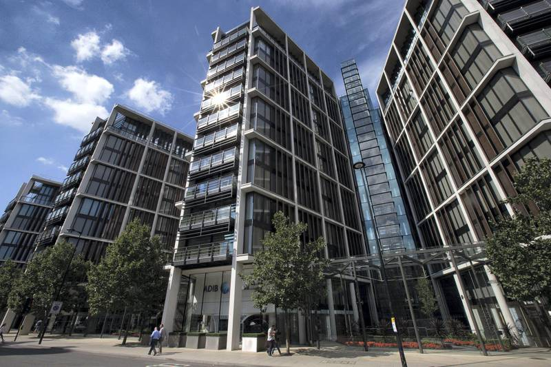 LONDON, ENGLAND - AUGUST 21:  The One Hyde Park apartment building containing London's most expensive apartments, is pictured on August 21, 2015 in London, England. Income inequality in the United Kingdom is higher than many other developed countries with a 2014 report by the Institute for Fiscal Studies claiming that around 23% of Britons were now in relative poverty.  (Photo by Carl Court/Getty Images)