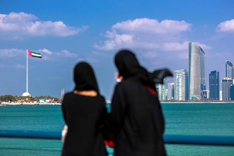 Abu Dhabi, U.A.E., February 12, 2019. Sunny but chilly weather at the Corniche.--  Local residents and tourists enjoy the beautiful weather.Victor Besa/The NationalSection:  NAReporter:   Mustafa AlRawi