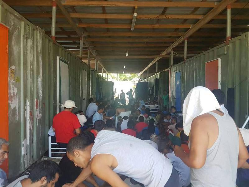 Men occupy the closed Manus Island immigration detention centre in Papua New Guinea, November 23, 2017. Abdul Aziz/Handout via REUTERS   ATTENTION EDITORS - THIS IMAGE WAS PROVIDED BY A THIRD PARTY. MANDATORY CREDIT. NO RESALES. NO ARCHIVES