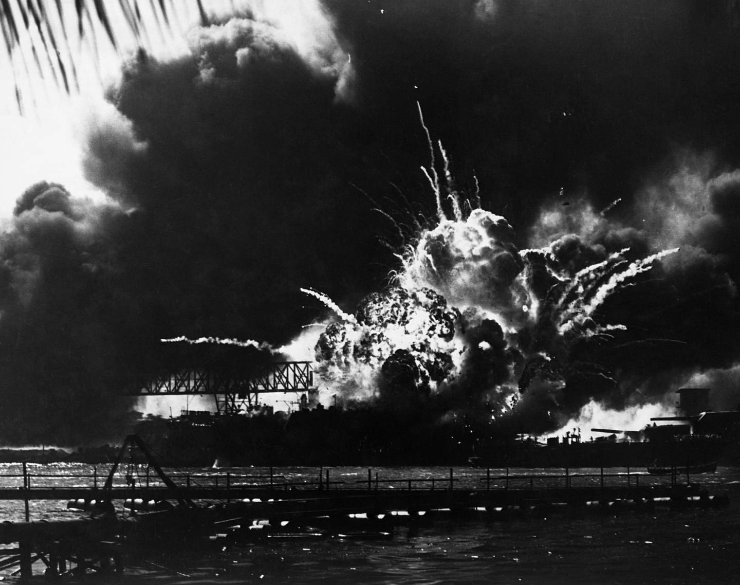 07 Dec 1941, Honolulu, Oahu, Hawaii, USA --- Smoke and flames make a spectacular sight as the USS Shaw explodes during the Japanese attack on Pearl Harbor.  December 7, 1941. --- Image by © CORBIS