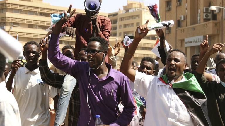An image that illustrates this article Sudan: Thousands of pro-military protesters rally in Khartoum