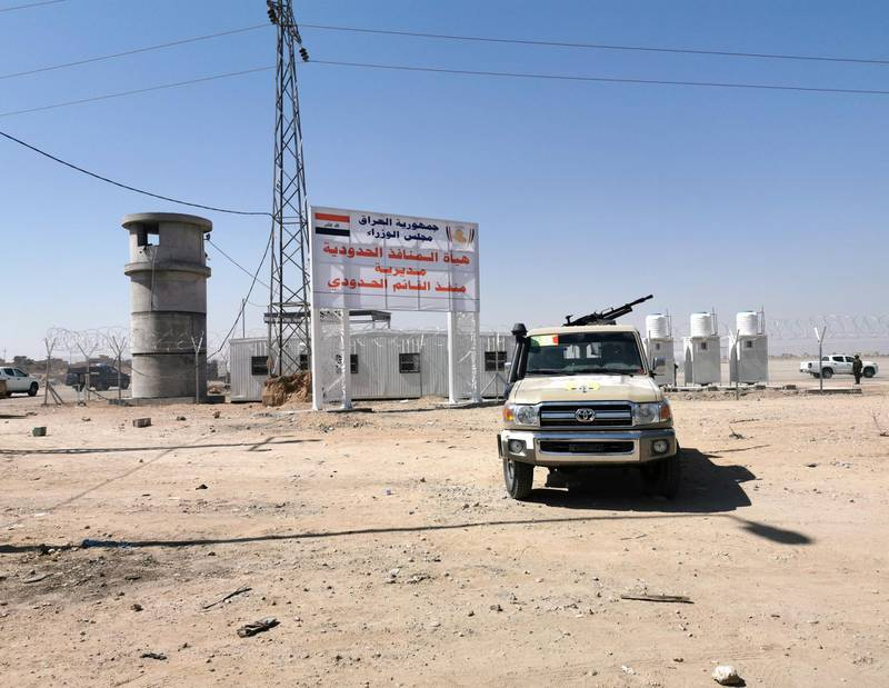 A view of the Iraqi-Syrian borders at Al Qaim Al Abu Kamal border crossing, after being reopened for travelers and trade in Anbar province, in Qaim, Iraq September 30, 2019. REUTERS/Thaier Al-Sudani