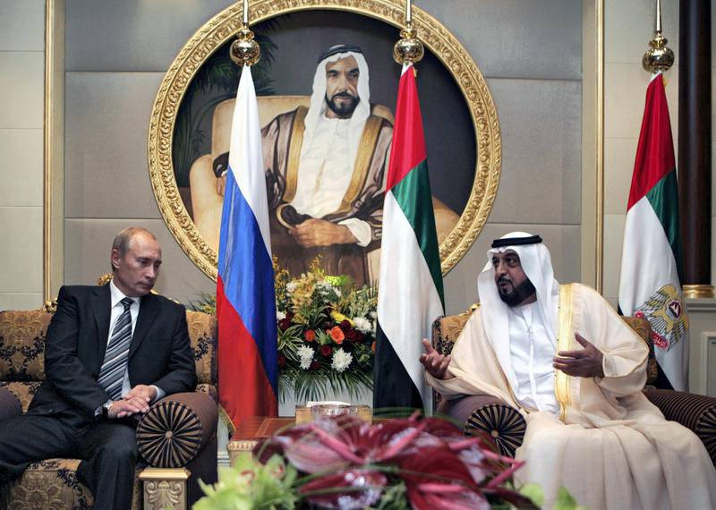 Sheikh Khalifa bin Zayed Al Nahayan (R) and Russian President Vladimir Putin (L) engage in talks at the Mushrif Palace in Abu Dhabi. Putin is accompanied on the trip by the director of arms exporter Rosoboronexport, as well as those of the airline Aeroflot and space agency Roskosmos.        AFP PHOTO / RIA NOVOSTI / KREMLIN POOL / DMITRY ASTAKHOV (Photo by DMITRY ASTAKHOV / POOL / AFP)