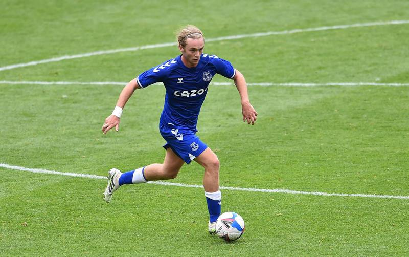 BLACKPOOL, ENGLAND - AUGUST 22: Tom Davies of Everton in action during the pre-season friendly match between Blackpool and Everton at Bloomfield Road on August 22, 2020 in Blackpool, England. (Photo by Nathan Stirk/Getty Images)