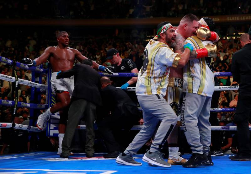 Boxing - Anthony Joshua v Andy Ruiz Jr - WBA Super, IBF, WBO & IBO World Heavyweight Titles - Madison Square Garden, New York, United States - June 1, 2019   Andy Ruiz Jr celebrates winning the fight with his team  Action Images via Reuters/Andrew Couldridge