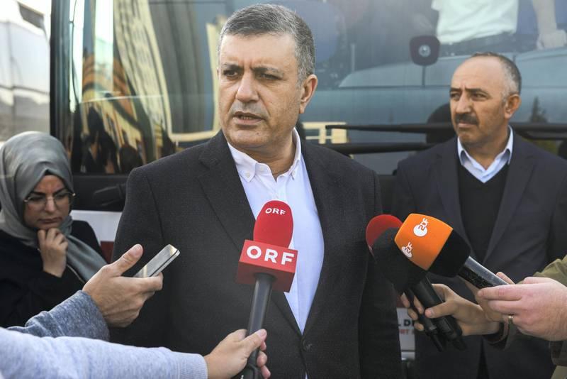 Mayor of the Esenyurt Mr. Kemal Deniz Bozkurt makes a press briefing about departure of the refugees in Esenyurt Municipality garden.   EMRAH GUREL