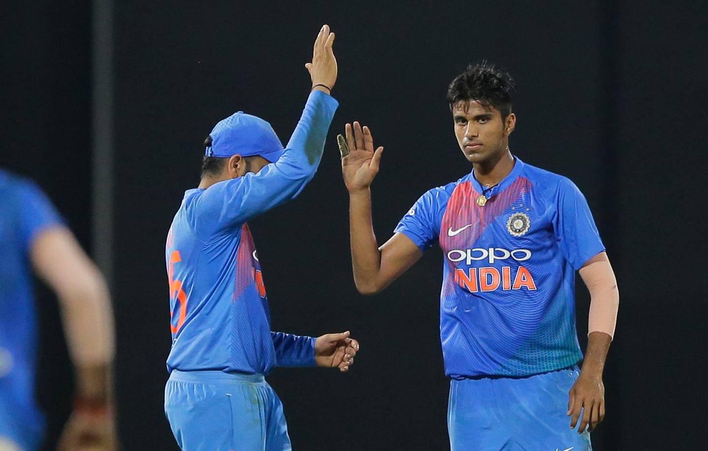 India's Washington Sundar, right, celebrates the dismissal of Sri Lanka's Jeevan Mendis with his team mate Rohit Sharma during their Twenty20 cricket match in Nidahas triangular series in Colombo, Sri Lanka, Monday, March 12, 2018. (AP Photo/Eranga Jayawardena)