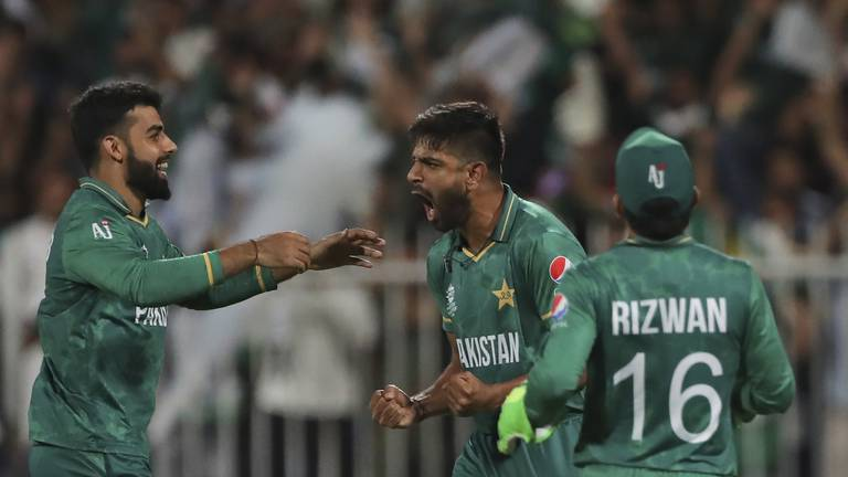 An image that illustrates this article Rauf stars as Pakistan take thrilling win over Kiwis in Sharjah