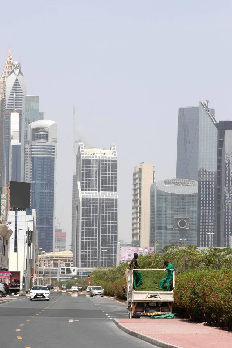 DUBAI, UNITED ARAB EMIRATES. 13 APRIL 2020. General STANDALONE image of Dubbai streets during the COVID-19 Lockdown of Dubai. Dubai skyline.(Photo: Antonie Robertson/The National) Journalist: Standalone. Section: National.