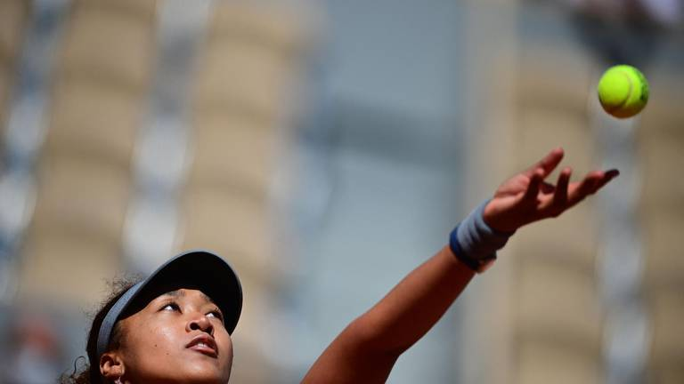 An image that illustrates this article The glare of the tennis spotlight