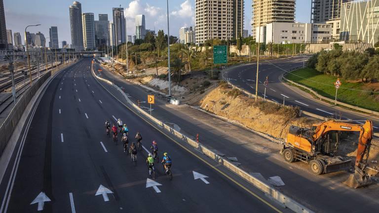 An image that illustrates this article Israel shuts down as Jews mark Yom Kippur