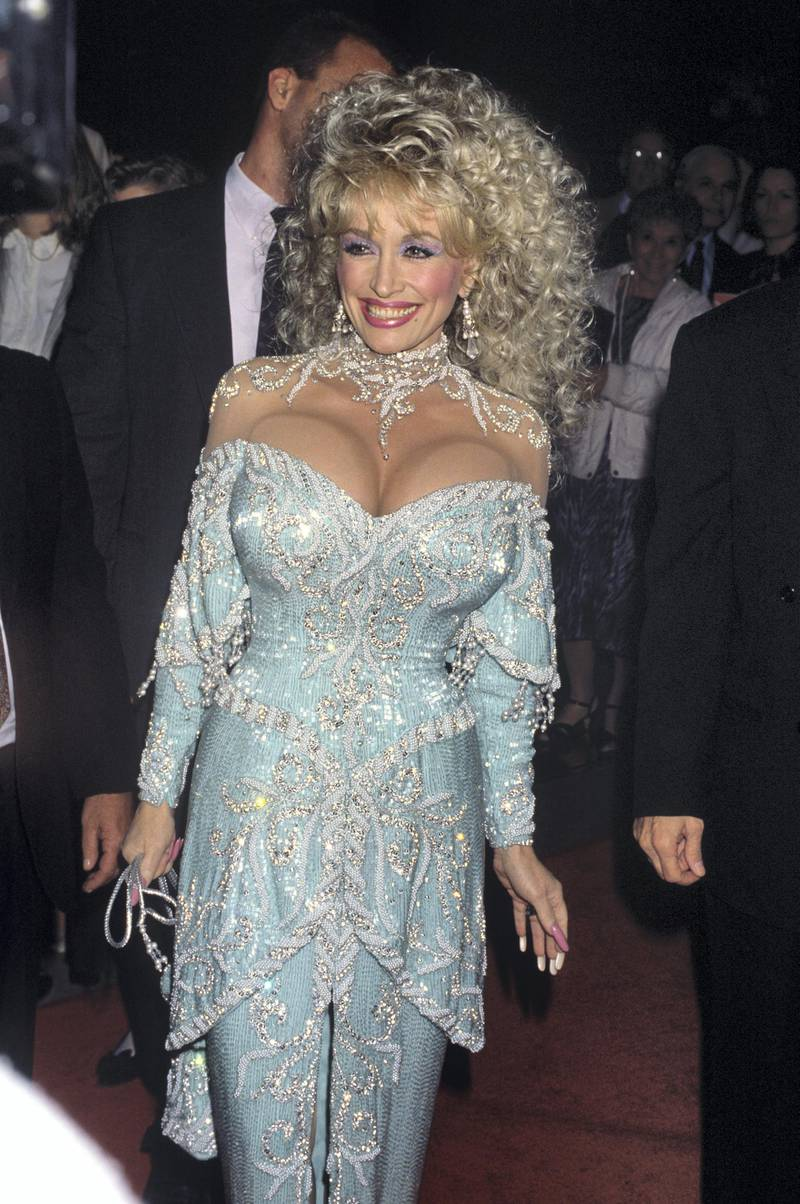 """Dolly Parton attends the """"Steel Magnolias"""" premiere November 9, 1989 © 1989 Gary Lewis"""