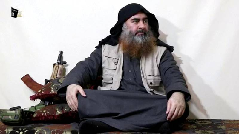 FILE PHOTO: A bearded man with Islamic State leader Abu Bakr al-Baghdadi's appearance speaks in this screen grab taken from video released on April 29, 2019. Islamic State Group/Al Furqan Media Network/Reuters TV via REUTERS. THIS IMAGE HAS BEEN SUPPLIED BY A THIRD PARTY. THE AUTHENTICITY AND DATE OF THE RECORDING COULD NOT BE INDEPENDENTLY VERIFIED BY REUTERS./File Photo