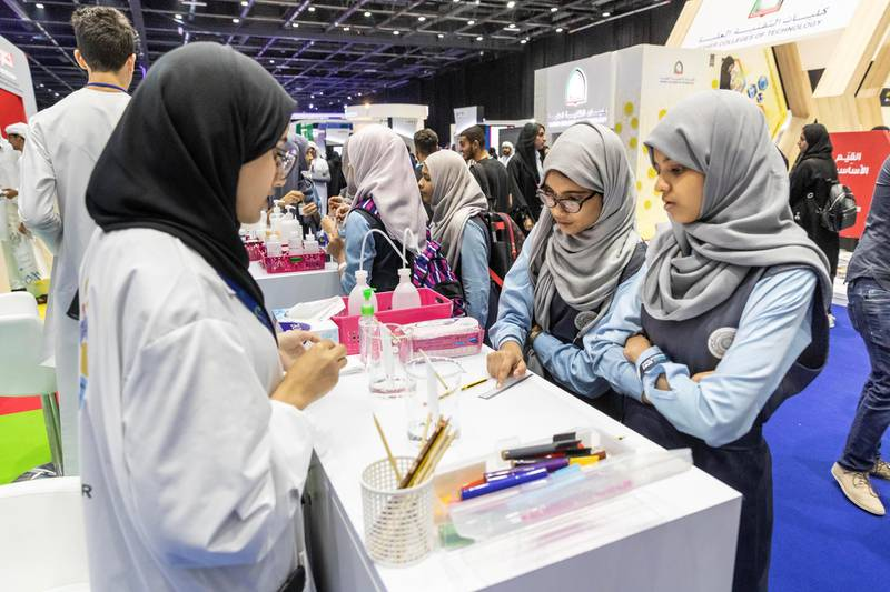 DUBAI, UNITED ARAB EMIRATES. 17 APRIL 2018. STANDALONE from the Think Science fair. Khalifa University stand.(Photo: Antonie Robertson/The National) Journalist: None. Section: National.
