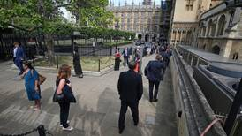 How did British MPs vote? In very long queues