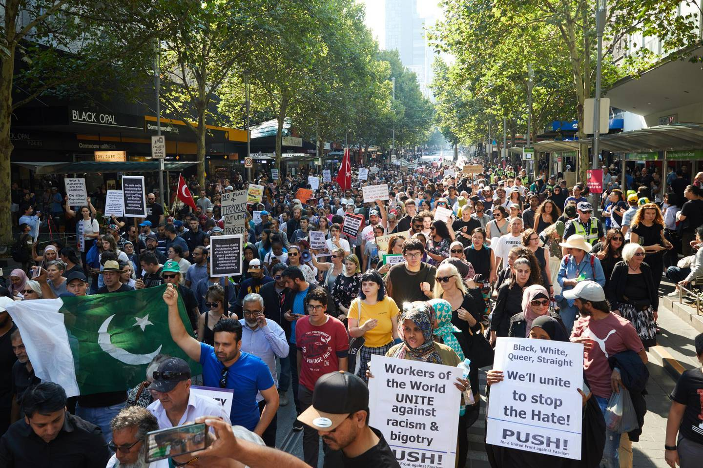 epa07441371 Demonstrators take part in an anti-racist and anti-fascist rally against Islamophobia in Melbourne, Australia, 16 March 2019. At least 49 people were killed by a gunman, believed to be Brenton Harrison Tarrant, and 20 more injured and in critical condition during the terrorist attacks against two mosques in New Zealand during Friday prayers on 15 March.  EPA/ERIK ANDERSON AUSTRALIA AND NEW ZEALAND OUT