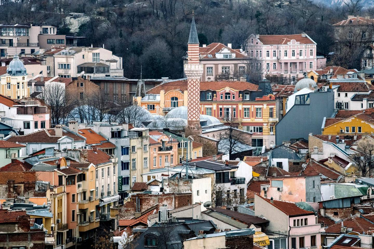 A picture taken on January 7, 2019 shows a view of the old town of Bulgarian southern central city of Plovdiv. - Plovdiv and Italian southern city of Matera were selected as the 2019 European capitals of culture. (Photo by Dimitar DILKOFF / AFP)