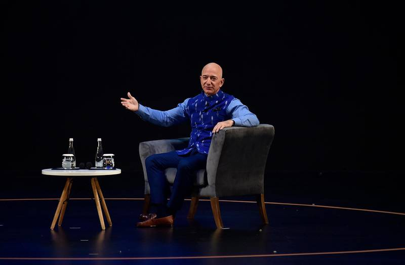 epa08129697 Chief Executive Officer (CEO) of Amazon Jeff Bezos speaks at an Amazon event in New Delhi, India, 15 January 2020. According to media reports, Bezos announced an investment worth over one billion US dollar aimed at digitizing small and medium businesses in India.  EPA/STR