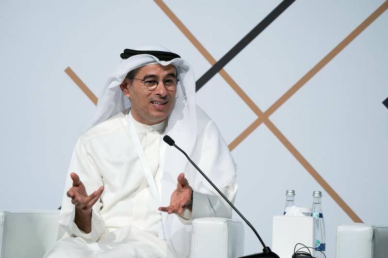 SAADIYAT ISLAND, ABU DHABI, UNITED ARAB EMIRATES - March 06, 2018: HE Mohamed Al Abbar, Founder and Chairman of Emaar Properties and Board Member of Eagle Hills (C), participates in a panel discussion during the Sandooq Al Watan 'Al Awa'el Retreat', at Manarat Al Saadiyat.  ( Mohamed Al Hammadi / Crown Prince Court - Abu Dhabi ) ---