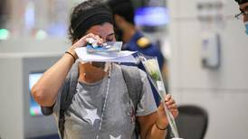 Dubai airport welcomes Beirut passengers with flowers