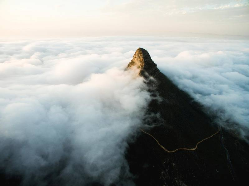 Lions head clouds from Table Mountain, Cape Town, South Africa. Craig Howes / Cape Town Tourism