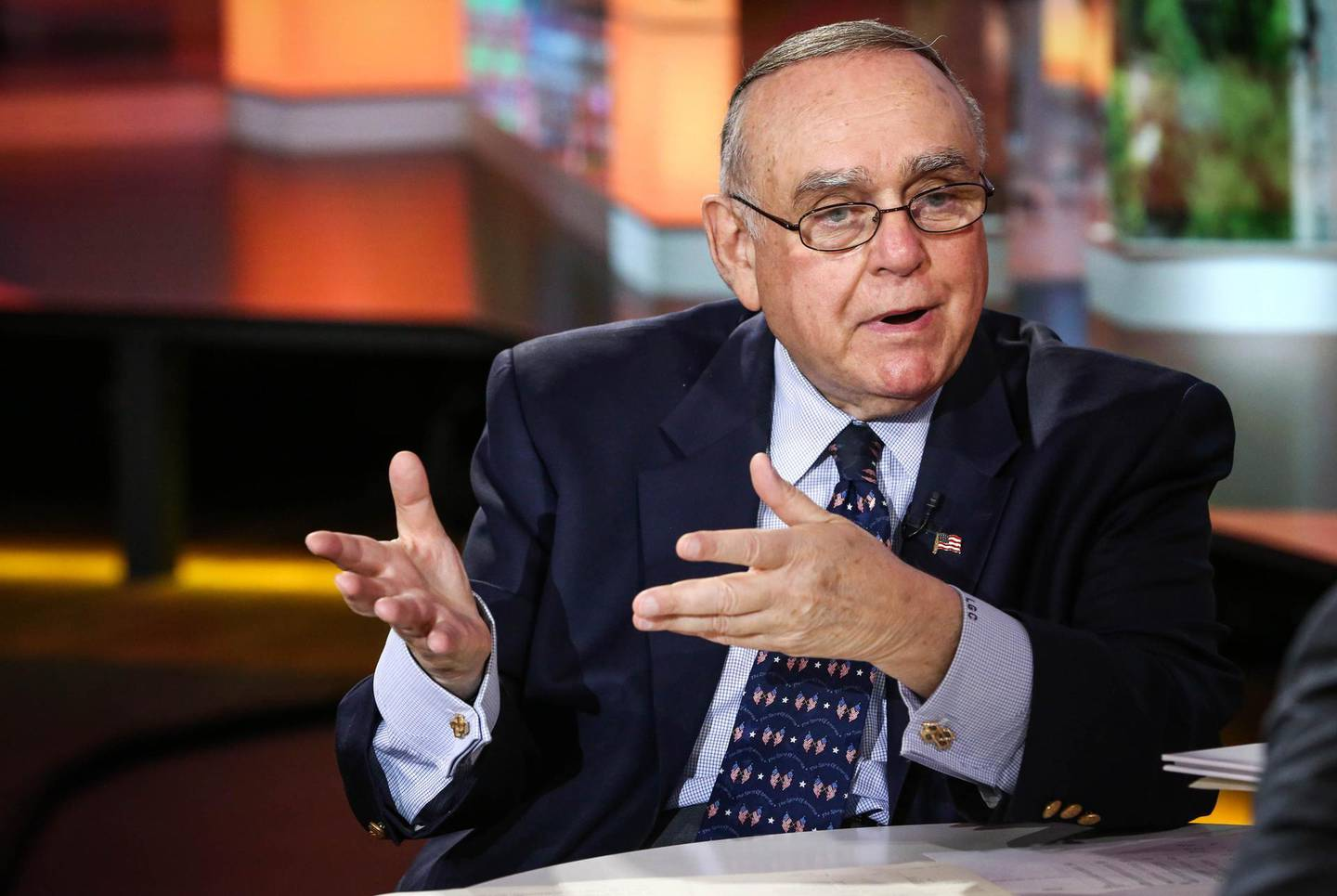 Leon Cooperman, chief executive officer of Omega Advisors Inc., speaks during an interview in New York, U.S., on Tuesday, Oct. 11, 2016. Cooperman, the hedge-fund manager accused of insider trading, said Tuesday that his Omega Advisors Inc. will continue investing money for clients even as its assets have dropped to $4 billion. Photographer: Christopher Goodney/Bloomberg