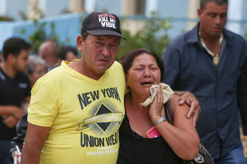 Relatives of victims of the Boeing 737 plane that crashed after taking off from Havana's main airport yesterday, arrive to a hotel in Havana, Cuba, May 19, 2018. REUTERS/Alexandre Meneghini