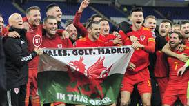 'Wales. Golf. Madrid. In That Order.' – Gareth Bale facing backlash at Real Madrid after posing with flag in Cardiff