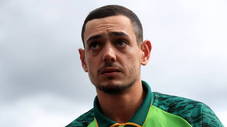 An image that illustrates this article 'I'm deeply sorry for all the hurt' - De Kock apologises, says will take a knee in future