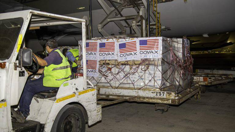 An image that illustrates this article Egypt receives second shipment of Pfizer's Covid-19 vaccine